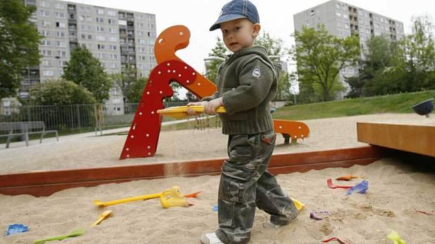 Dětské hřiště - ilustrační foto