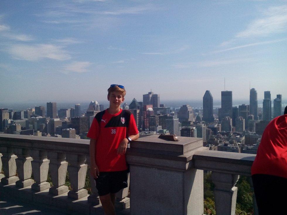 Z pardubické akademie cestoval do Ottawy Petr Beneš, jenž strávil týden v místní rodině.