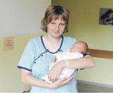 ELIŠKA PŘÍHODOVÁ se narodila 11. července v 11:17 hodin mamince Lucii a tatínkovi Zdeňkovi. Vážila 3,46 kilogramu a měřila 48 centimetrů. Doma v Opočně na sestřičku čeká Tereza (4).