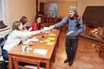 První kolo prezidenských voleb v obci Holotín, která má nejnižší počet voličů v pardubickém okrese.