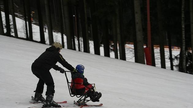 Děti s handicapem brzy vyrazí na lyže