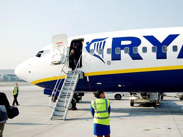 Letoun společnosti Ryanair.