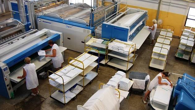 Zmodernizovaná prádelna Pardubické krajské nemocnice