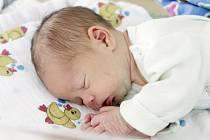 Adam Kašpar se narodil 2. ledna v 9 hodin a 40 minut. Měřil 51 centimetrů a vážil 3710 gramů.  Maminku Zuzanu podpořil u porodu tatínek Miroslav. Doma v Moravanech se na malého sourozence těší 20letá Andrea, 16letý Miroslav a 7letá Kristýna.