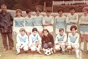 Horní řada zleva: trenér J. Skala, A. Málková, Z. Marhová, M. Zářecká, V. Jiřincová, L. Jeníčková, J. Slavíková, H. Stříbrná Dole zleva: E. Bubnová, D. Chmelařová, G. Hainová, J. Šimůnková, R. Kubátová.