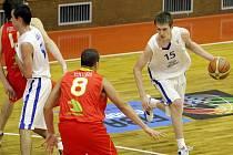 Čeští basketbalisté do 16 let zvítězili nad Španěly 70:67