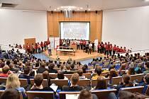 Univerzita hostila stovky středoškoláků, účastníků Chemiklání.