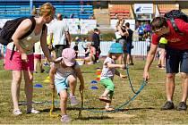 Děti si mohly vyzkoušet řadu atletických disciplín.