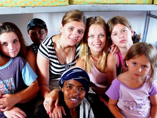 Helena Houdová s dětmi