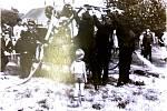 Dobrovolní hasiči mají ve Vyšehněvicích dlouhou tradici, v obci působí již od roku 1883. Na snímku soutěž hasičských jednotek v roce 1940.