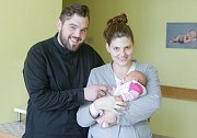 VANESA BENEŠOVÁ se narodila 25. dubna v 16 hodin a 12 minut. Měřila 47 centimetrů a vážila 3240 gramů. Maminku Kristýnu u porodu podpořil tatínek Milan a bydlí v Horním Jelení.