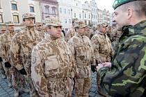 Na Pernštýnském náměstí v Pardubicích přivítali vojáky po návratu z Afghánistánu