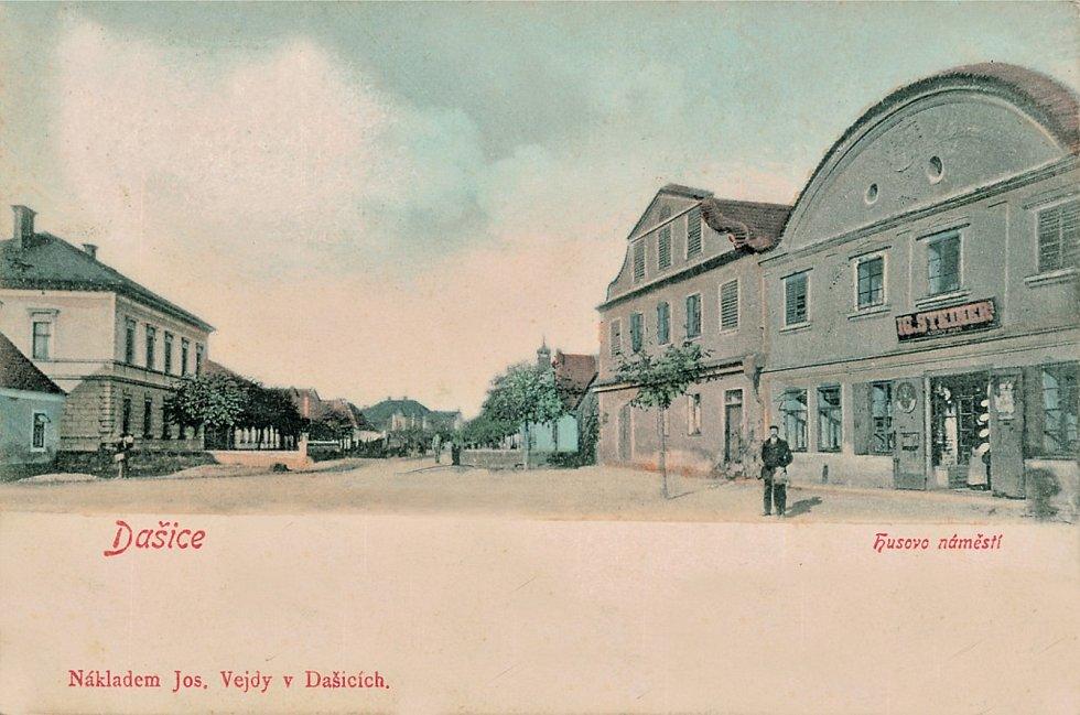 Židovské domy na Husově náměstí.