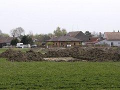 Stavební parcely u Starého Mateřova.