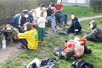 Asi čtyřletou holčičku rodiče v Pardubicích brali mezi bezdomovce opakovaně.