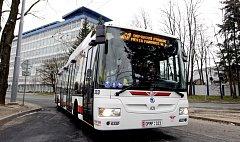 Projeli jsme trolejbusem novou trať.
