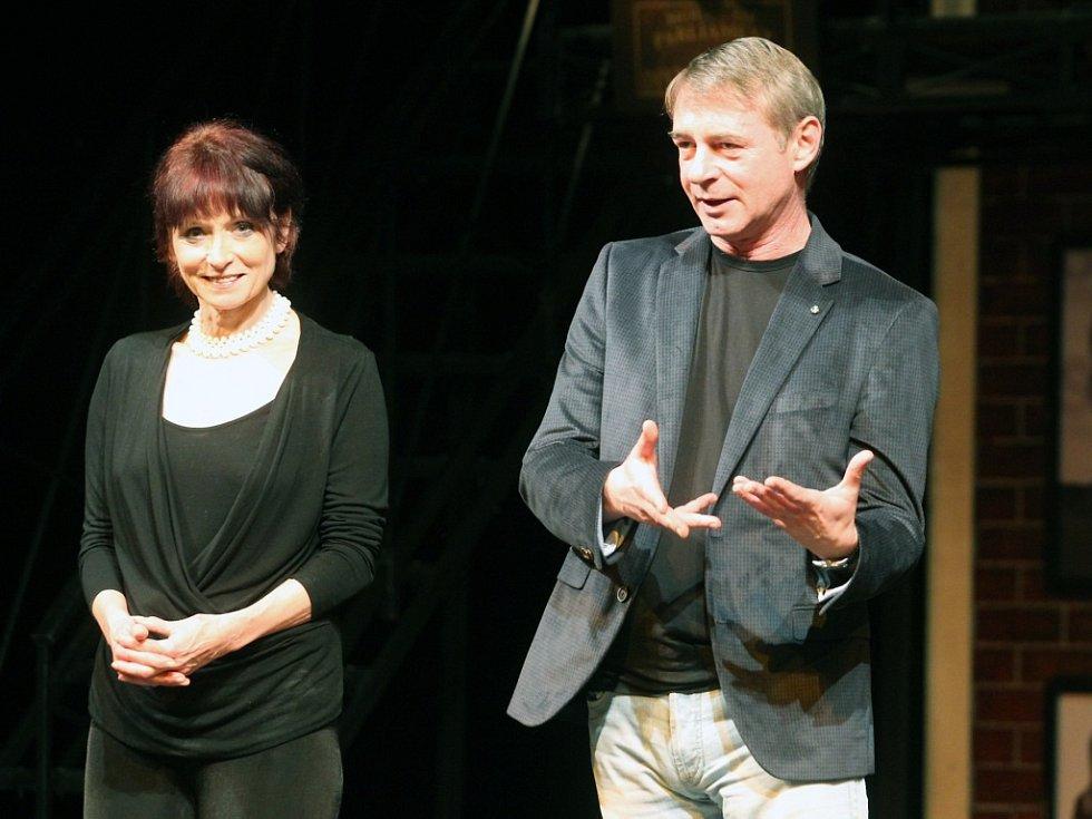 Jiří Dvořák jako patron představení Grand Festivalu smíchu.