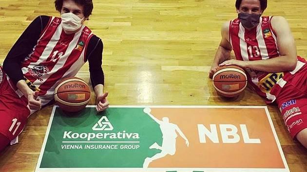 Pardubičtí střelci David Škranc (vlevo) a Josef Potoček zvítězili v soutěži týmů. A co v jednotlivcích?