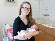 ELA GRUSOVÁ se narodila 22. ledna ve 2 hodiny a 19 minut. Měřila 45 centimetrů a vážila 2190 gramů. Rodiče Klára a Lukáš bydlí v Jablonném nad Orlicí.
