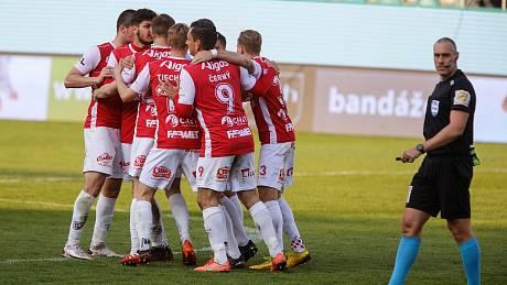 Fotbalové utkání FK Pardubice -  AC Sparta Praha.