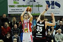 David Škranc v dresu BK JIP Pardubice