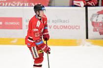 Hokejista Adam Rutar z Olomouce.