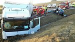 Auto s matkou a dvěma dětmi havarovalo u Holic. Žena nepřežila