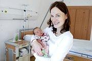 NATÁLIE DAŇKOVSKÁ se narodila 2. února v 8 hodin a 56 minut. Měřila 48 centimetrů a vážila 3100 gramů. Maminku Jiřinu podpořil u porodu tatínek Daniel. Rodina bydlí v Hradci Králové.