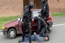 Zásahová jednotka zatkla na Orlickoústecku bankovního lupiče.
