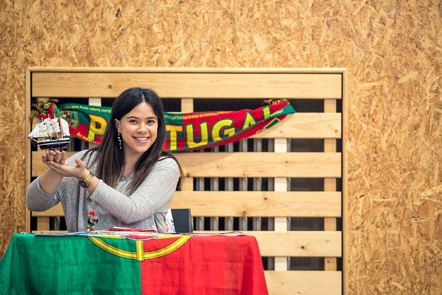 Elisa přijela představit svou zemi: Portugalsko.