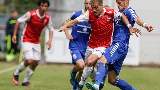 Fortuna národní liga: FK Pardubice - FK Fotbal Třinec.