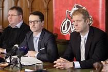 Tisková konference města Pardubice k převzetí hokejového klubu HC Dynamo Pardubice.