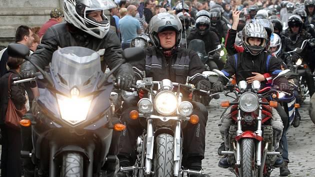 Stovky motorkářů se opět sjely do pivovaru