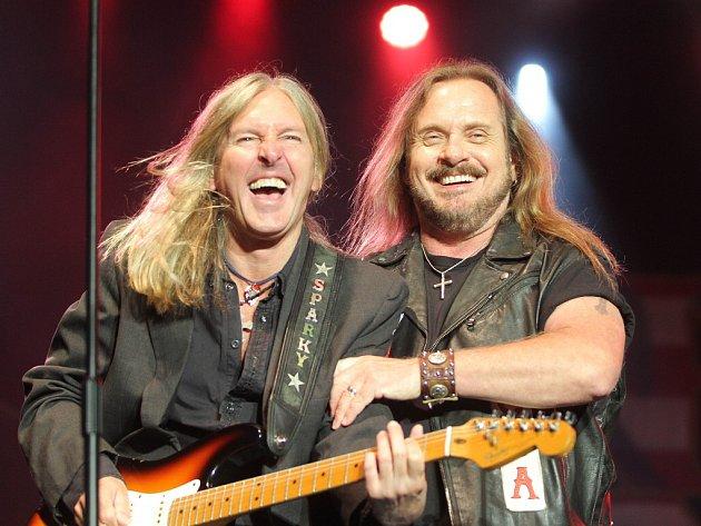 Páteční koncert americké kapely Lynyrd Skynyrd nadchl tisíce lidí.