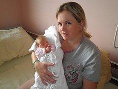 Petruška Marešová (3,16 kg, 50 cm) se narodila ve FN 6. června v10:53 hodin rodičům Radce a Petrovi z Plzně. Doma na ni čeká velký osmiletý brácha Váša