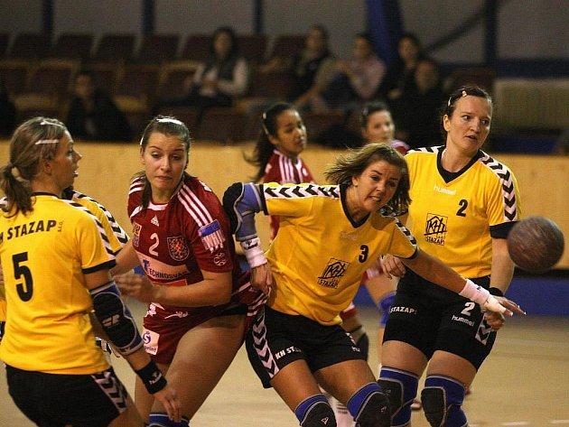 Házenkářky DHC SVŠ Plzeň nestačily v sobotním utkání první ligy na juniorky Olomouce a na domácím hřišti jim podlehly 25:29