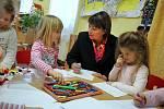 První dáma Ivana Zemanová v mateřské škole v Seči u Blovic