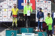 Aleš Razým (na snímku vlevo) vybojoval stříbro ve sprintu a v mistrovské padesátce skončil čtvrtý