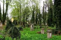 Hřbitov Všech svatých na Roudné.