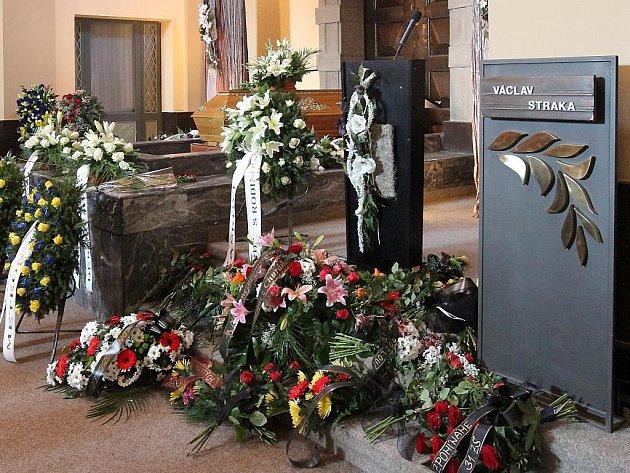Rozloučení s plzeňským hokejovým patriotem Václavem Strakou