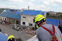 Fotografie z úseku, kde na Moravě pomáhají hasiči z Plzeňského kraje.