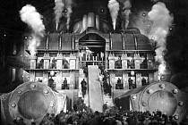 Metropolis, pondělní promítání slavného expresionistického filmu v letním kině v Proluce je jednou z prvních aktivit srpnové hlavní části festivalu Živá ulice