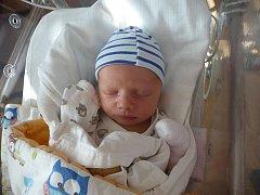 Jiří (3,06 kg, 49 cm) se narodil 8. října v 7:05 v plzeňské fakultní nemocnici. Na světě ho přivítali rodiče Soňa a Jiří Stachovi z Plzně. Doma se na brášku těší pětiletá Hermínka