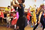 Maškarní ples v Úhercích