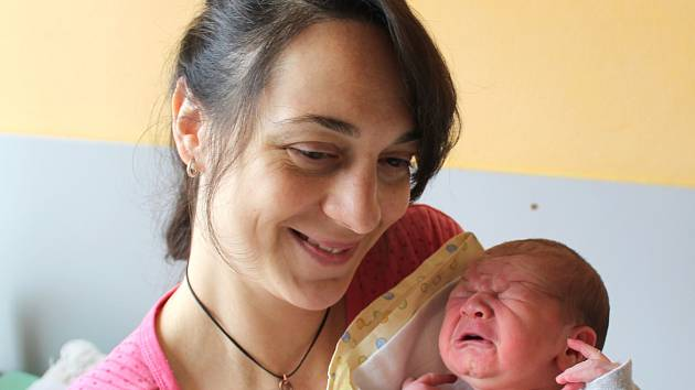 Michael Hrabě se narodil 24. ledna v 9:03 rodičům Kristýně a Michaelovi z Plzně. Po příchodu na svět v plzeňské nemocnici U Mulačů vážil jejich prvorozený synek 3490 gramů.