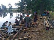 Dobrovolné brigády se zúčastnilo na 50 obyvatel Spáleného Poříčí