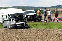 Nehoda tří aut na silnici I/27 u Přeštic