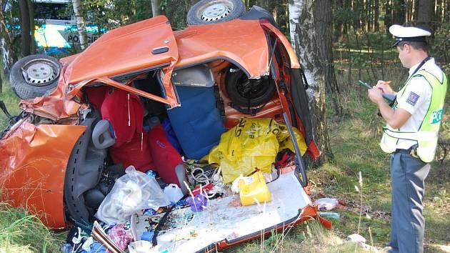 Vůz, jehož řidič nehodu nepřežil