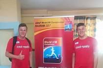 Michal (vlevo) a Jakub Forejtovi před loňským světovým šampionátem do 18 let.