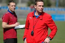 Fotbalový trenér Jiří Žilák může být spokojen.  Mladší dorostence FC Viktorie Plzeň přivedl ke třetímu místu v celostátní lize a k vítězství na mezinárodním turnaji v italské Modeně